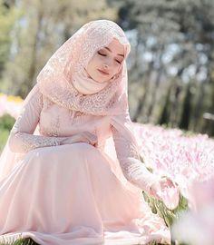 #newseason #tesetturelbise #tesetturmodasi #tesetturabiye #tesettür #tesetturmodası #tesettur #tesetturtrend #tesetturtunik #şal #elbise #esarpbaglama #esarp #tunik #elbisemodelleri #abiye #dugun #nişan #elbisemodelleri #like4like #hijab #hijap #hijabers #modasiesta #tesetturgelinlik #tesetturgiyim #dress #elbiseler #düğün #details #detay