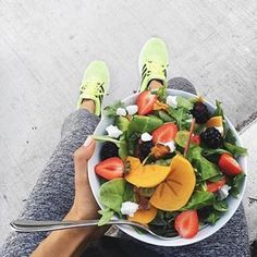 Coffee not Coffee | Fit tips from @rrayyme: Eat a rainbow! www.coffeenotcoffee.com.au #salad #fitness