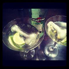 Martini Bianco on ice - Margarita, Martini, Ice, Tableware, Glass, Happy, How To Make, Dinnerware, Drinkware