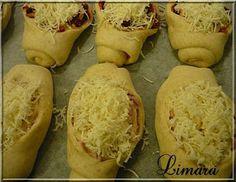 Kolbászos és sonkás csónakok Hot Dog, Lime, Food And Drink, Bread, Baking, Recipes, Pizza, Foods, Food Food