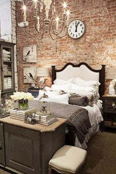 Delightful 19 Rustic Bedroom Ideas