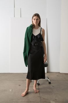 See the complete A.L.C. Pre-Fall 2017 collection.