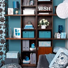 Accessories in complementary shades | Colourful living room ideas | PHOTO GALLERY | Housetohome.co.uk