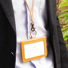 【楽天市場】【本革IDカードケース デラックス&ネックストラップ お得 セット】【メール便対応OK】パスケース:手作り革雑貨 ブラン・クチュール Id Holder, Leather Craft, Couture, Cards, Fur, Manualidades, Atelier, Leather Crafts, Maps