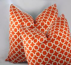 Mandarin orange ~ such a lovely color and pattern. Perfect with chocolate brown + whites.