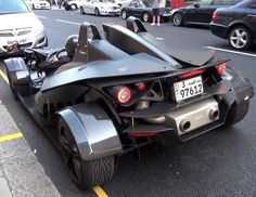 This real life Batmobile is Incredible! You have to see this. Hit the image to watch it cruise the streets of London... #epic #supercar #custom #batman