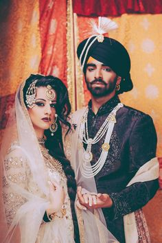 Desi bride and groom . Sikh Wedding, Punjabi Wedding, Wedding Poses, Wedding Suits, Wedding Attire, South Asian Bride, South Asian Wedding, Desi Bride, Indian Groom