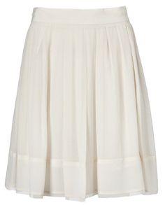 Pleat Short Skirt