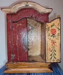 Resultado de imagem para oratórios de madeira