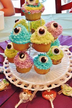 A Creative Cookie: Monster Mash Party Reveal!