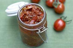 Receitas - Relish de tomate e pimento vermelho (Jamie Oliver) - Petiscos.com