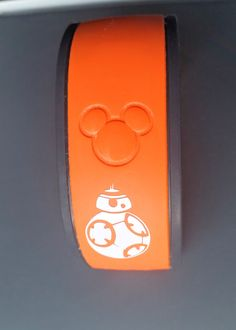 Choose your character, name and color! This is the perfect MagicBand accessory for any Star Wars fan