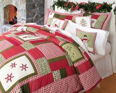 C Winterwonderland Quilt Set Christmas bedding Z Cozy Christmas, Rustic Christmas, All Things Christmas, Christmas Holidays, Christmas Decorations, Xmas, Winter Holiday, Christmas Bedding, Christmas Interiors