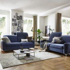 """Atraktivní sedací souprava s rozsáhlým typovým plánem a možností konfigurace finálního vzhledu. Vhodná jak do moderních, tak i  konzervativnějších interierů. Dostupná jak v látkovém, tak v celokoženém provedení. Sedací souprava je konfigurovatelná do různých rohových sestav, do sestav tvaru """"U"""" nebo jako samostatné sofa. Toronto, Couch, Furniture, Home Decor, Settee, Decoration Home, Sofa, Room Decor, Home Furnishings"""