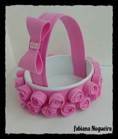 Dulceros Diy Home Crafts, Diy Arts And Crafts, Art For Kids, Crafts For Kids, 2 Baby, Flower Girl Basket, Minnie Mouse Party, Basket Decoration, Foam Crafts