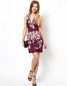 Image 4 ofASOS Deep plunge Floral Lantern Dress