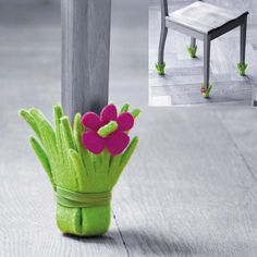 Those beautiful chairs and furniture at our home definitely needs some kinds of protection from different factors that can destroy their beauty and look so have a look at these surprisingly easy 21 DIY Chair Leg Protectors - Cute Furniture Protectors. Felt Diy, Felt Crafts, Diy And Crafts, Cute Furniture, Furniture Legs, Table Furniture, Sewing Projects, Craft Projects, Projects To Try