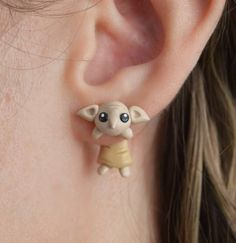 Squee-worthy Dobby ear jackets I recommend pairing with a stack of knit hats and some mismatched socks. 25 Stylish Things Every Harry Potter Fan Needs In Their Wardrobe Harry Potter Schmuck, Bijoux Harry Potter, Objet Harry Potter, Deco Harry Potter, Harry Potter Room, Harry Potter Outfits, Harry Potter Gifts, Harry Potter World, Harry Potter Memes