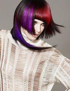 Bauhaus Rocks präsentiert von www.my-hair-and-me.de #women #hair #haare #schulterlang #many #colors #viele #farben #red #blue #purple