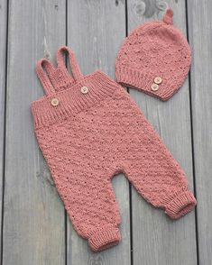 Knitting For Kids, Baby Knitting Patterns, Hand Knitting, Baby Boy Outfits, Kids Outfits, Diy Knitting Projects, Cute Babies Photography, Baby Dresser, Baby Barn