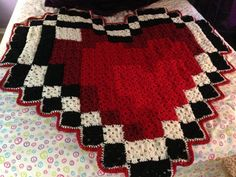 Large Zelda Heart Piece Inspired 8-bit Blanket by GeekyCraftsNMore