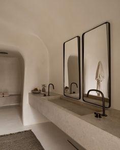 Beautiful interior design, the minimalist bathroom with a touch of wabi sabi sty. Minimalist Bathroom, Modern Bathroom, Contemporary Bathrooms, Colorful Bathroom, Modern Bathtub, Modern Sink, Neutral Bathroom, Bathroom Black, Minimalist Interior