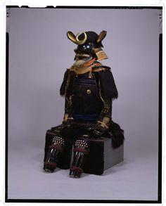 熊毛植二枚胴具足(安土桃山時代/東京国立美術館所蔵)