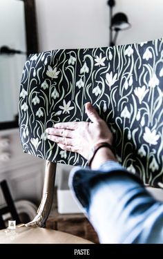 Royal Roulotte DIY for and -★- Furniture Makeover, Cool Furniture, Collection Capsule, Cabinet Design, Traditional Design, Home Decor Inspiration, Minimalist Design, Textiles, Boho