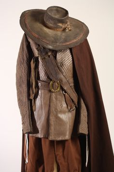"Traje para la película ""Alatriste"" de Agustín Díaz Yanes. Diseño de vestuario: Francesca Sartori #sastreriacornejo #ViggoMortensen #EspañaS.XVII"