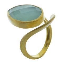 Δαχτυλίδι από επιχρυσωμένο ασήμι με πέτρα χαλκιδόνιου Gold Rings, Jewelry, Jewlery, Bijoux, Schmuck, Jewerly, Jewels, Jewelery, Fine Jewelry