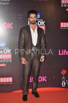 "Shahid Kapoor's big win at Life OK Screen Awards.  Shahid Kapoor attended the 21st Annual Life OK Screen Awards held in Mumbai . The actor took home three trophies. He won the Best Actor (Male) award for his performance in ""Haider"". He bagged the 'Jodi of the Year' trophy with his ""Haider"" co-star Tabu and he also received the Life OK Hero Award for his performance in his last release."