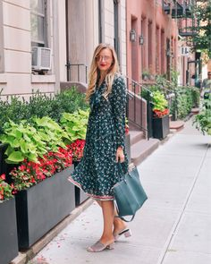 Lightweight fabrics are ideal for these 'in-between' days ✨ Its not quite sweater weather yet but summer is definitely over ✌ Shop my dress with @liketoknow.it  http://liketk.it/2sQ8q #liketkit #nyfw #nyc #streelstyle #personalstyle