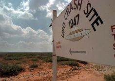 "nuforc: """"1947 UFO Crash Site Tours"" in Roswell, N.M. (Photo: Eric Draper) """