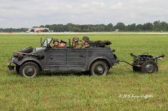 German Army Volkswagen Kubelwagen (Bucket seat car)   par (Barry) Griffiths