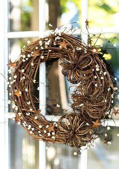 Grapevine wreath DIY with twig pumpkins. Mini twig pumpkins on wreath. How to make an easy fall wreath DIY. Easy Fall Wreaths, Diy Fall Wreath, Wreath Ideas, Christmas Wreaths, Wreaths For Front Door, Door Wreaths, Fall Pumpkins, Grapevine Wreath, Grape Vines