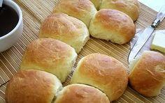 Petits pains au lait avec thermomix. Voici une recette des Petits pains au lait, facile et simple a réaliser avec le thermomix.