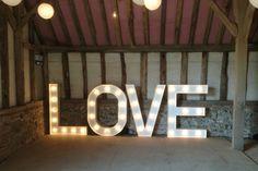 #wedding #reception #inspiration #ideas balloons Image: Vowed and Amazed