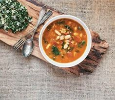Shed pounds and stay full with this healthy slow-cooker farro soup