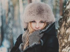 Winter fashion photoshoot, Snow and fur | Anna Tabakova Photography