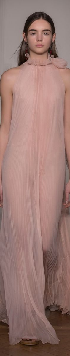 Valentino Spring 2017 Haute Couture valentino.com