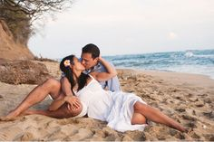 Making out on the beach with a woman you love! Couple Beach Pictures, Honeymoon Pictures, Beach Family Photos, Romantic Pictures, Couple Photography Poses, Beach Photography, Photography Ideas, Beach Picture Captions, Beach Scenery