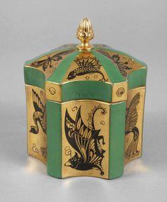Fraureuth Deckeldose Art déco um 1925, grüne Stempelmarke mit Schriftzug Kunstabteilung, Dekornum
