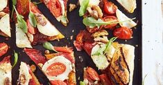 Valmista ihanan helppo suolainen piirakka voitaikinasta! Tämä tuhti piirakka yhdistää mausteisen chorizon, täyteläisen vuohenjuuston ja makeat tomaatit.