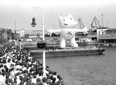 1992, Barcelona: Cobi    Spaniards did not immediately take to Cobi, a cubist-style Catalan sheepdog designed by Barcelona cartoonist Javier Mariscal. But the mascot's popularity slowly grew, and by the end of the Games he was loved both in Spain and around the world.