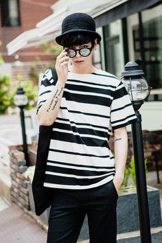 TOMONARI - Stripe T-Shirt #stripetshirt #tshirt