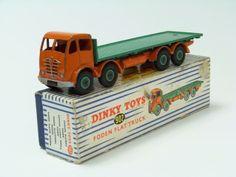 Dinky Foden flat truck 902