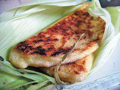 Las inconfundibles Riguas Salvadoreñas son un bocadillo delicioso hecho de puro elote, muy parecido a los tamales pero mucho mas sencillas de hacer. Esta es la receta original.