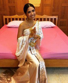 san sabai thai massage strapless strap on