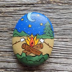 Campfire with Marshmallows Painted Rock,Decorative Accent Stone, Paperweight painting ideas Rock Painting Patterns, Rock Painting Ideas Easy, Rock Painting Designs, Paint Designs, Pebble Painting, Pebble Art, Stone Painting, Acrylic Painting Rocks, Acrylic Paintings