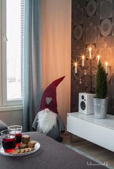 design-talo asuntomessut Curtains, Design, Home Decor, Blinds, Decoration Home, Room Decor, Draping, Home Interior Design